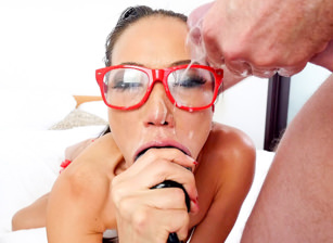 Jizz My Glasses, Scene #08