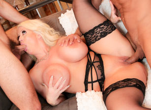 Bi 3-Way: Gay Guys Seduce MILF BBW!