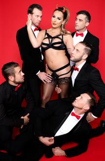 Chanel Santini: TS Superstar